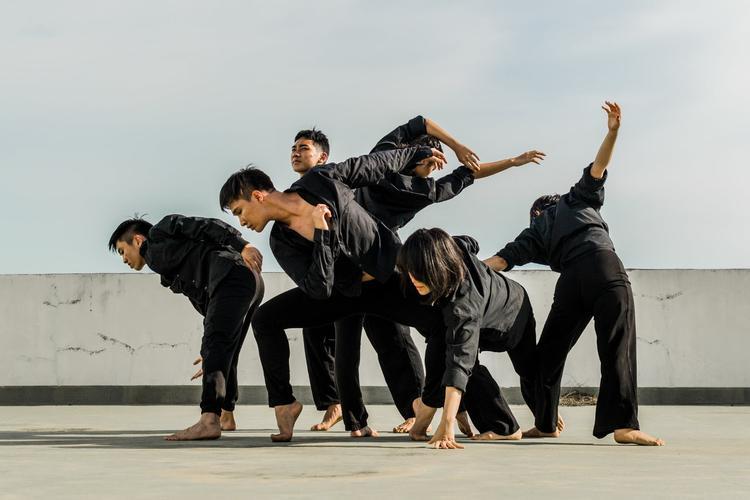 南京胡杨舞蹈培训班学习现代舞的好处