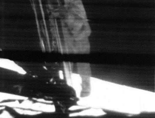 061979异 形alien雷德利·斯科特《异形》是一部关于某种东西会从黑暗