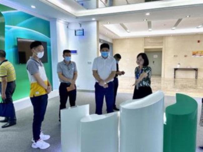 市人社局及高新区领导干部一行到广东嘉博制药有限