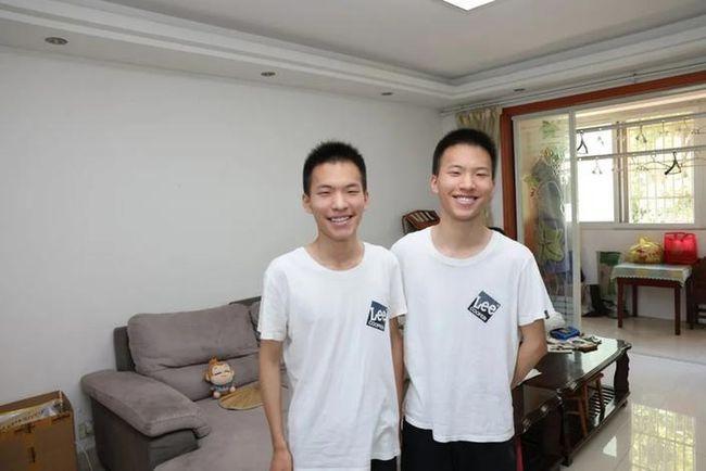 双胞胎兄弟高考都考652分一个北大一个清华
