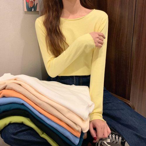 卖衣服颜色怎么搭配图片女生