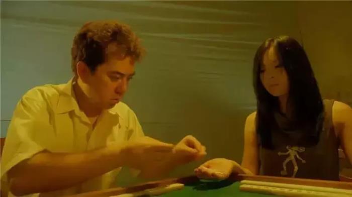 《猛鬼食人胎》:王晶制片,徐锦江,张锦程,黄秋生主演,前半段满满的