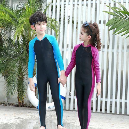 男孩穿女生泳衣