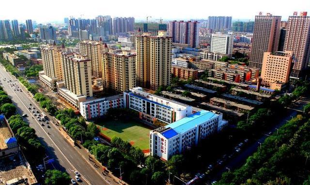 景县是9个县市中经济实力最强的县市,故城县的gdp仅有景县的70%略多
