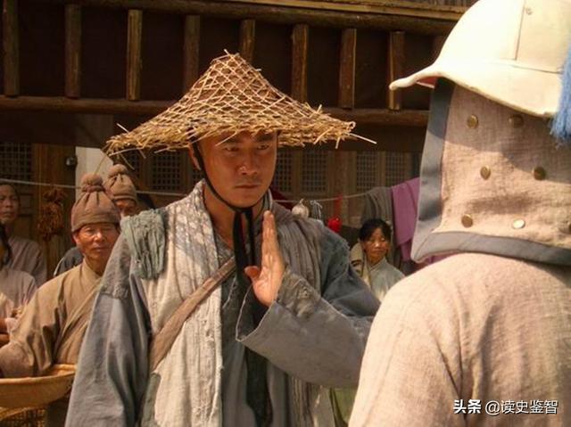 朱元璋衣锦还乡是如何对待昔日仇人的不仅没还给了一份礼物